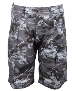 Skeeter Camo Fishing Shorts, Size 38