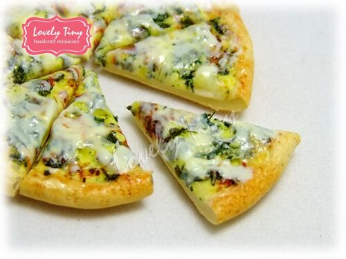 Dollhouse miniature Sliced Pizza Whole Pan 8 pieces Spinach Pizza,Free ship