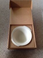Pampered Chef Stoneware Mini Baking Bowl. 3.5 H X 9 D.