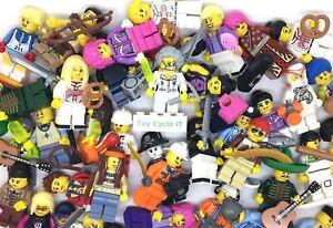 Lego 10 Genuine Mini Figures Aléatoire Starter Bundle Avec 20 Accessoires Chapeaux Etc-afficher Le Titre D'origine Une Gamme ComplèTe De SpéCifications