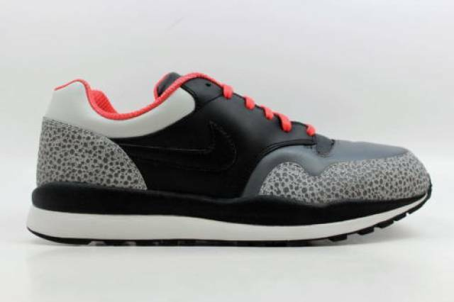 Nike Air SAFARI LE 371740-002 DARK GREY PINK BLACK JETSTREAM WHITE CRIMSON PINK GREY 39d6fb