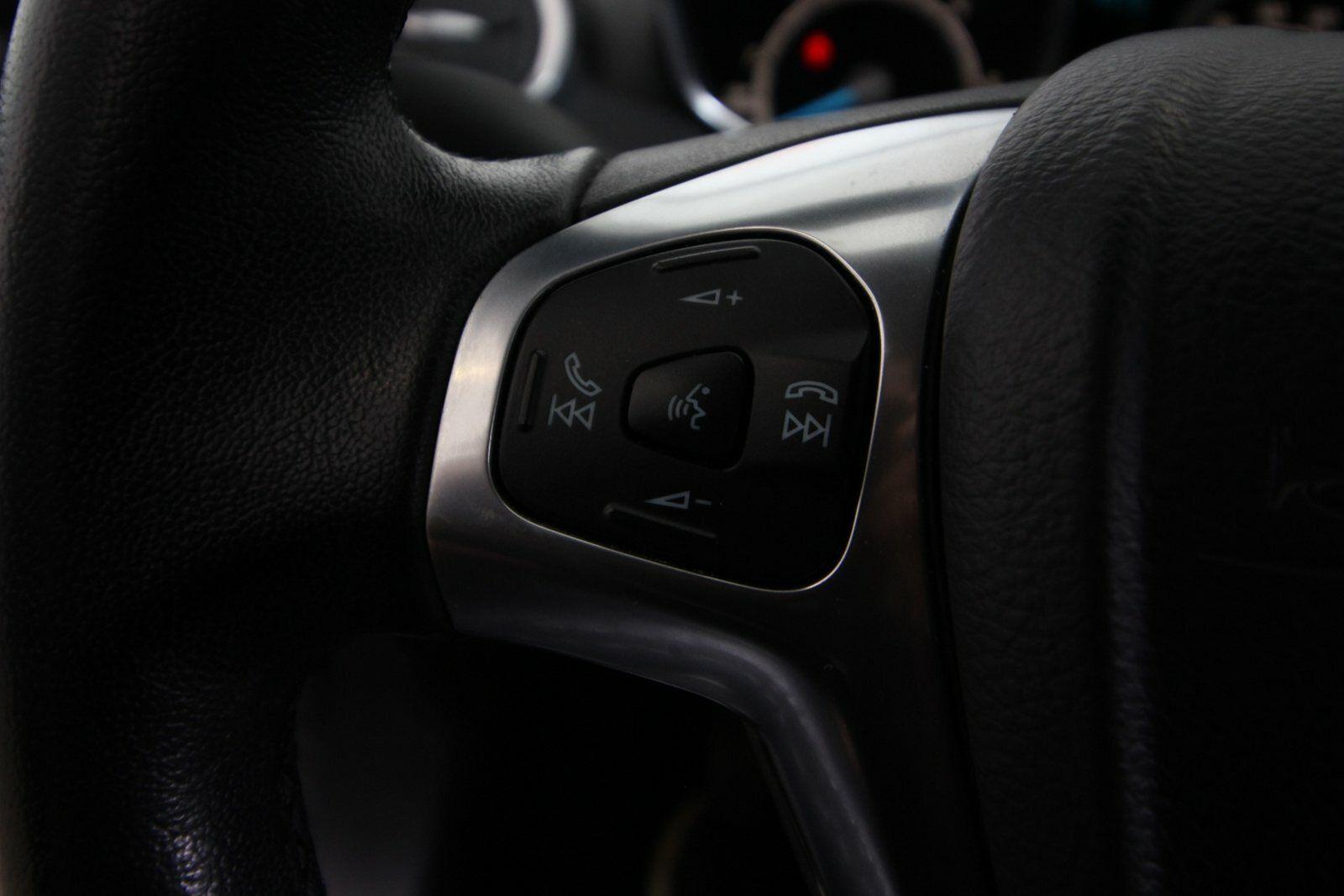 Ford Fiesta TDCi 95 Titanium Van
