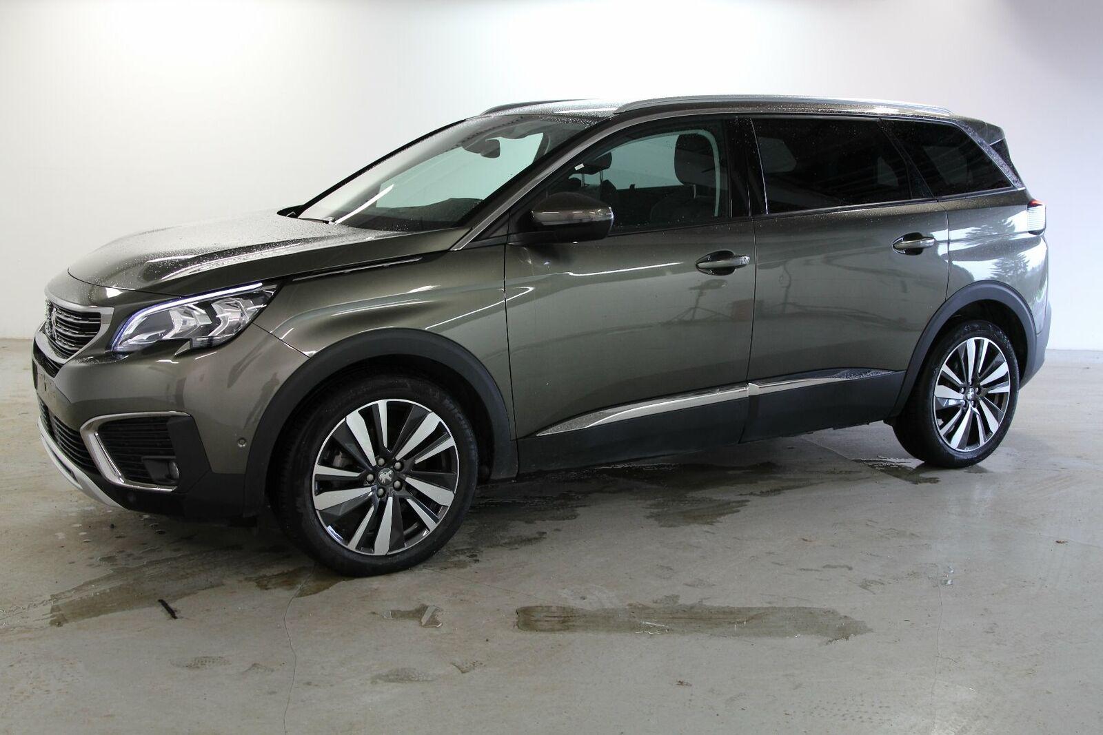 Peugeot 5008 1,6 BlueHDi 120 Allure 5d - 309.900 kr.