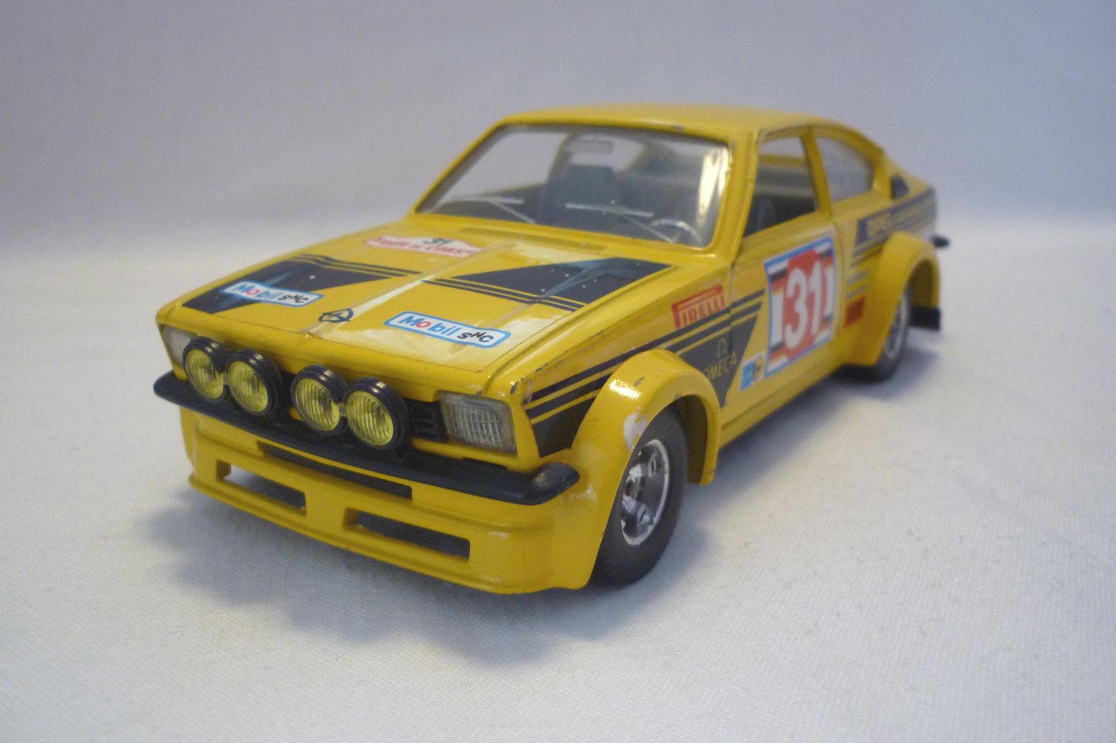 Bburago - Modéle en Métal - Opel Kadett Gt    E Course - 1 24 - (5.DIV-27)  mieux acheter