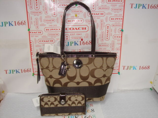 73034fa6d781 Authentic Coach Signature Stripe Tote Handbag F19046 Retail
