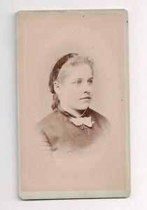 Vintage-CDV-Unknown-Midwest-lady-S-A-Edmiston-Canton-Illinois