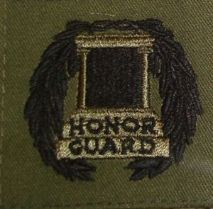 OD-GREEN-TOMB-GUARD-BADGE-OLD-GUARD-3RD-INFANTRY