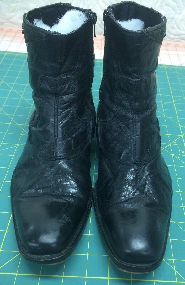 Rocket Dog Men's Pre owned good Black leather boots in good owned condition size 9 a34ea8