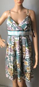 TEEZE ME Femme Floral À Bretelles Robe D'été U.K. 8-10 environ Vert Mix BNWT