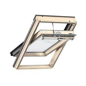 VELUX-GGL-307021U-SK06-1140-X-1180MM-INTEGRA-ELECTRIC-WINDOW-PINE-FINISH