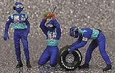 Pit Stop Sauber Petronas 2002 Crew Tyre Change Figure Set 1 43 Model MINICHAMPS