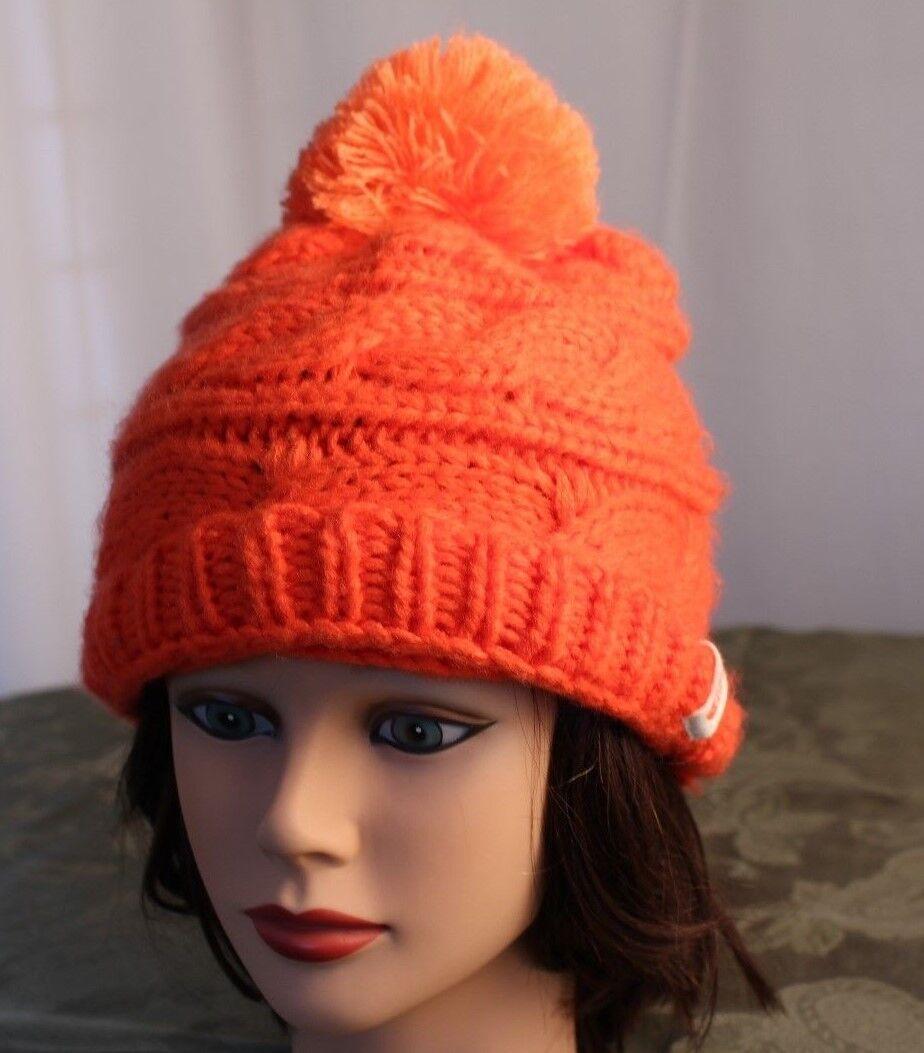 NORTH FACE [NWT]   Deep orange Knitted Women Beanie Cap Hat