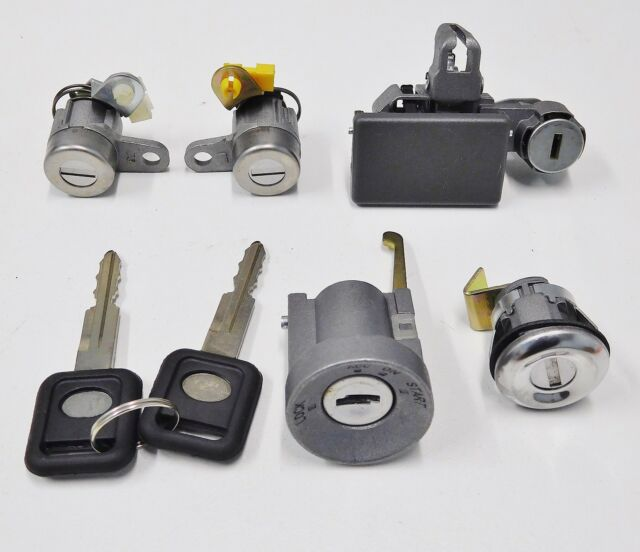 HOLDEN TF  RODEO IGNITION, DOOR AND GLOVEBOX LOCK KIT WITH KEYS  1997 TO 2002