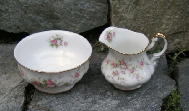 Vtg 2Pc Paragon China Sugar & Creamer Victoriana Pink Rose Pattern England