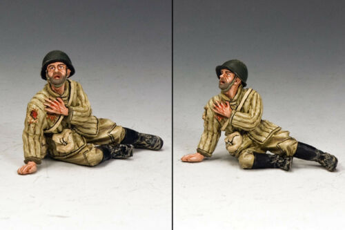 KING /& COUNTRY FALL OF BERLIN RA022 RUSSIAN INFANTRY SITTING WOUNDED MIB
