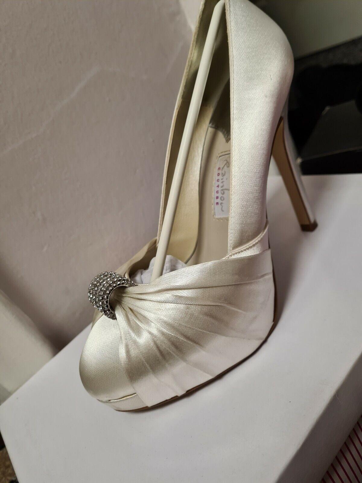 Ivory wedding bridal shoes size 5
