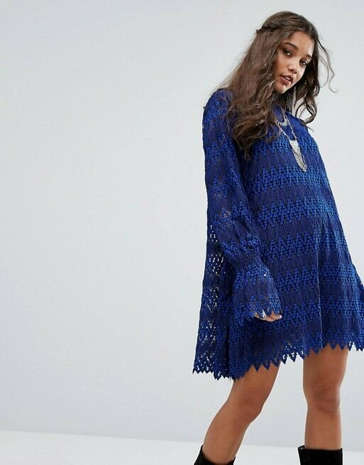 Free People Simone Crochet Lace Bell Sleeve Mini Dress Blau Größe M