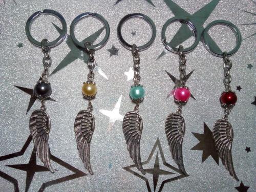 Schlüsselanhänger Flügel mit Perlen