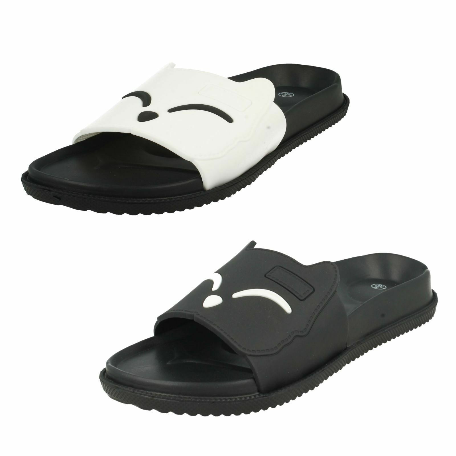 Ladies White Mules / Black Spot on Fashion Sliders / Mules White / Slippers F0R0153 0ed576
