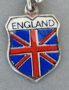 ENGLAND-UNION-JACK-FLAG-Vintage-Silver-Enamel-Travel-Shield-Charm-REU