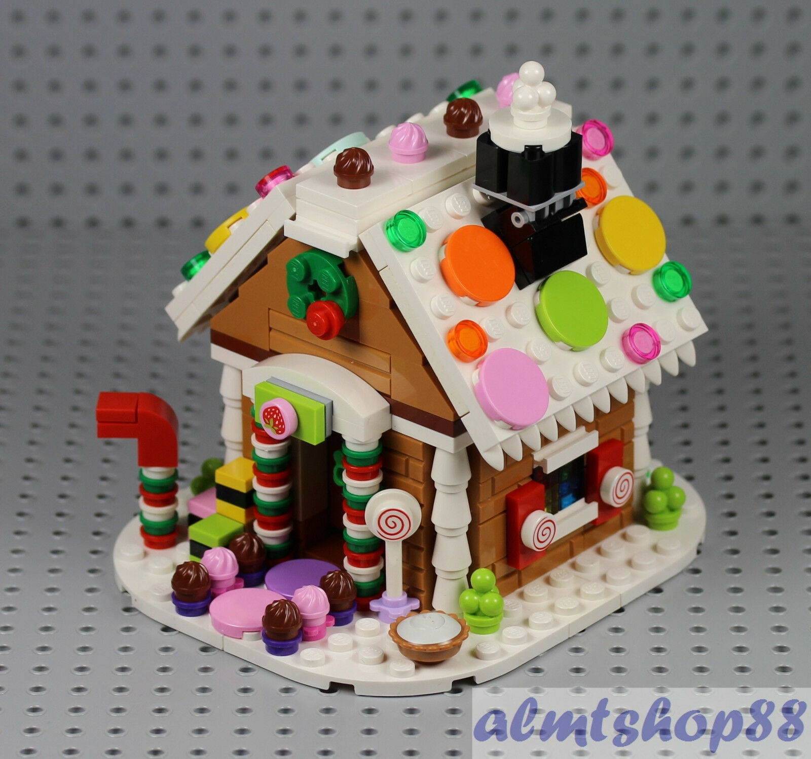 LEGO - Gingerbread House 40139 - 100% completare 2015 Exclusive  XMas Holiday Cey  costo effettivo