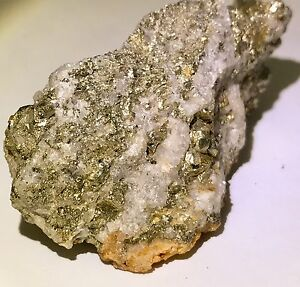 429-Gold-Ore-Specimen-Quartz-212-Carat