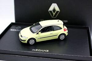 Norev-1-43-Renault-Megane-Coupe-Phosphorecent