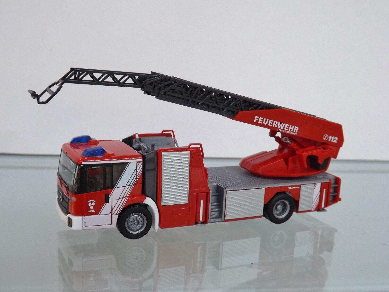 Herpa 093521 - H0 1 87 - MB ECONIC Turntable Ladder   Fire Brigade Landshut   -