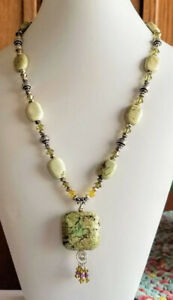 NAVAJO-SOUTHWEST-YELLOW-TURQUOISE-CRYSTAL-NECKLACE