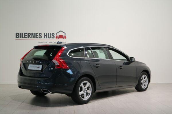 Volvo V60 2,0 D4 190 Momentum aut. - billede 1