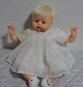 Vintage-14-034-Madame-Alexander-Kitten-doll-original-dress-Booties-new-crier
