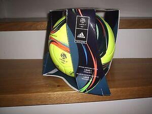 Adidas-Matchball-Pro-Ligue-1-Spielball-Fussball-2015-2016-gelb-Gr-5-Box