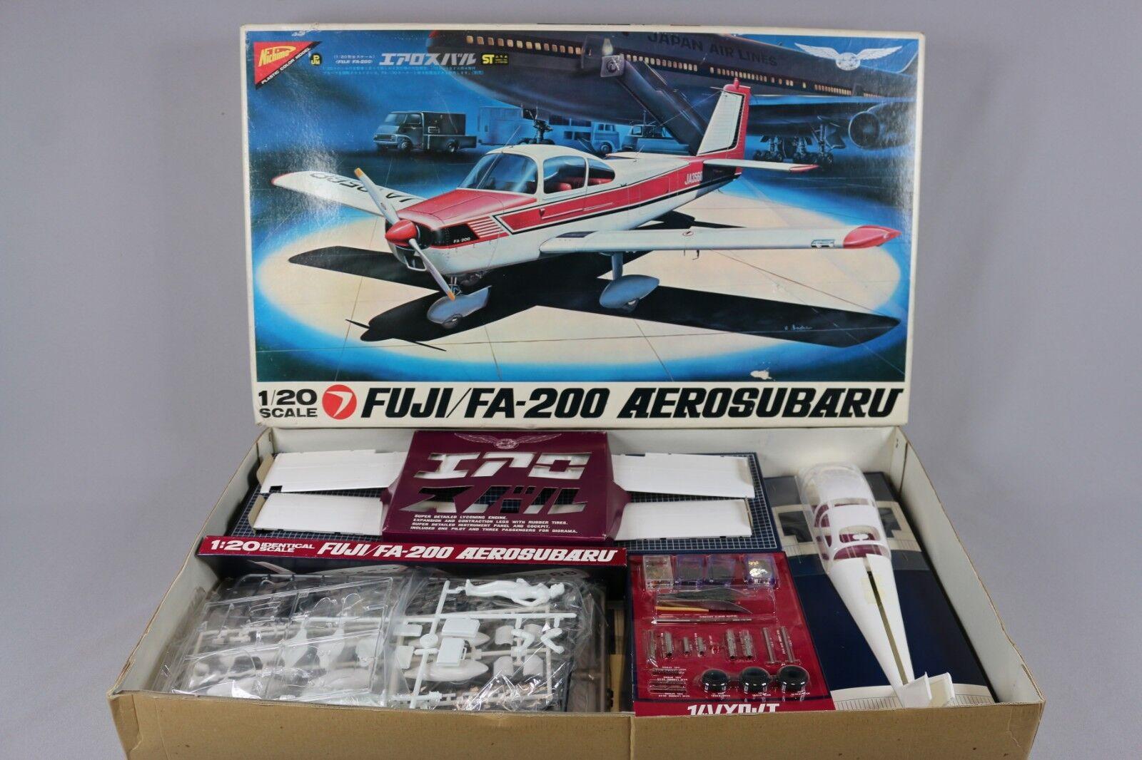 ニシモレア航空機キットビンテージF - 2001