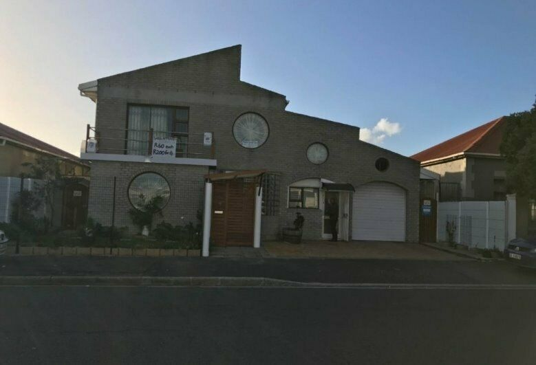 5 Bedroom House in Maitland