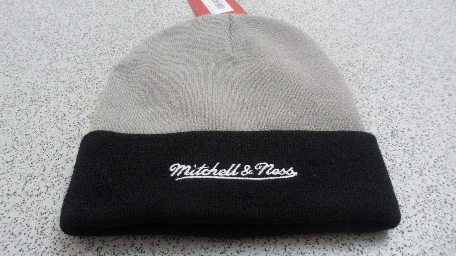 Officiel Mitchell Mitchell Mitchell & Ness adulte Brooklyn Nets 2 Tone Cuff Hiver Tricot Beanie 67c8ae