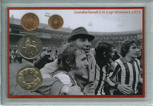 SUNDERLAND FC 1973 FA CUP WINNERS CARD SET