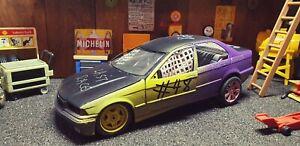 Custom-One-Off-ut-BMW-3-Series-Banger-coche-Demolition-Derby-1-18-Diecast