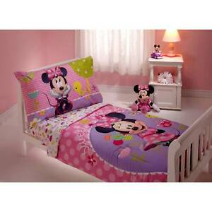 Girls Disney Pink Minnie Mouse 4pc Toddler Bed Set Quilt Sheets U0026 Pillowcase