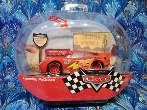 Disney Store Cars 2006 Lightning Mcqueen Talking Car With Wheelie