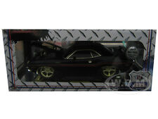 """""""CHASE CAR"""" 1970 DODGE CHALLENGER R/T BLACK """"GROUND POUNDERS"""" 1/18 M2 MACHINES"""