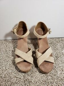 2303bae2035 Image is loading TOMS-Women-039-s-Strappy-Wedge-Beige-Canvas-