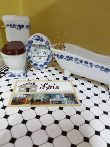 Maison de poupées Deluxe Motif Floral Bleu Set salle de bain DF1430 4 Pièce