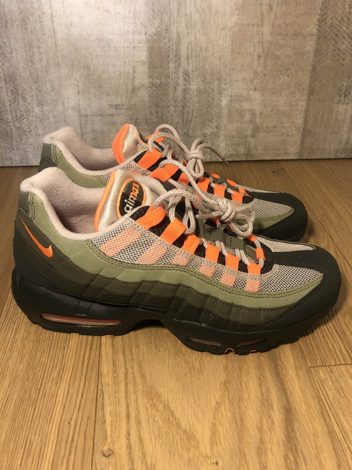 meet f23d9 b3cba NIKE AIR MAX 95 OG NEUTRAL OLIVE AT2865-200 STRING TOTAL orange SIZE 8
