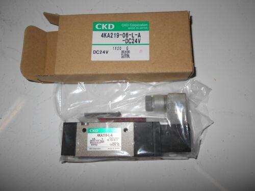 CKD Solenoid Valve  AKA-219-06-L-A-DC24V  4KA210 NEW