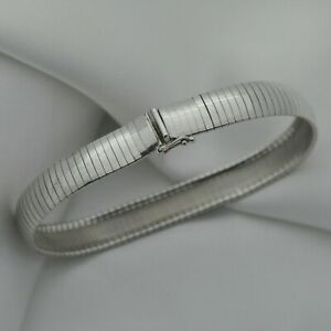 Vintage-Domed-Strap-Design-Bracelet-in-Plain-925-Sterling-Silver