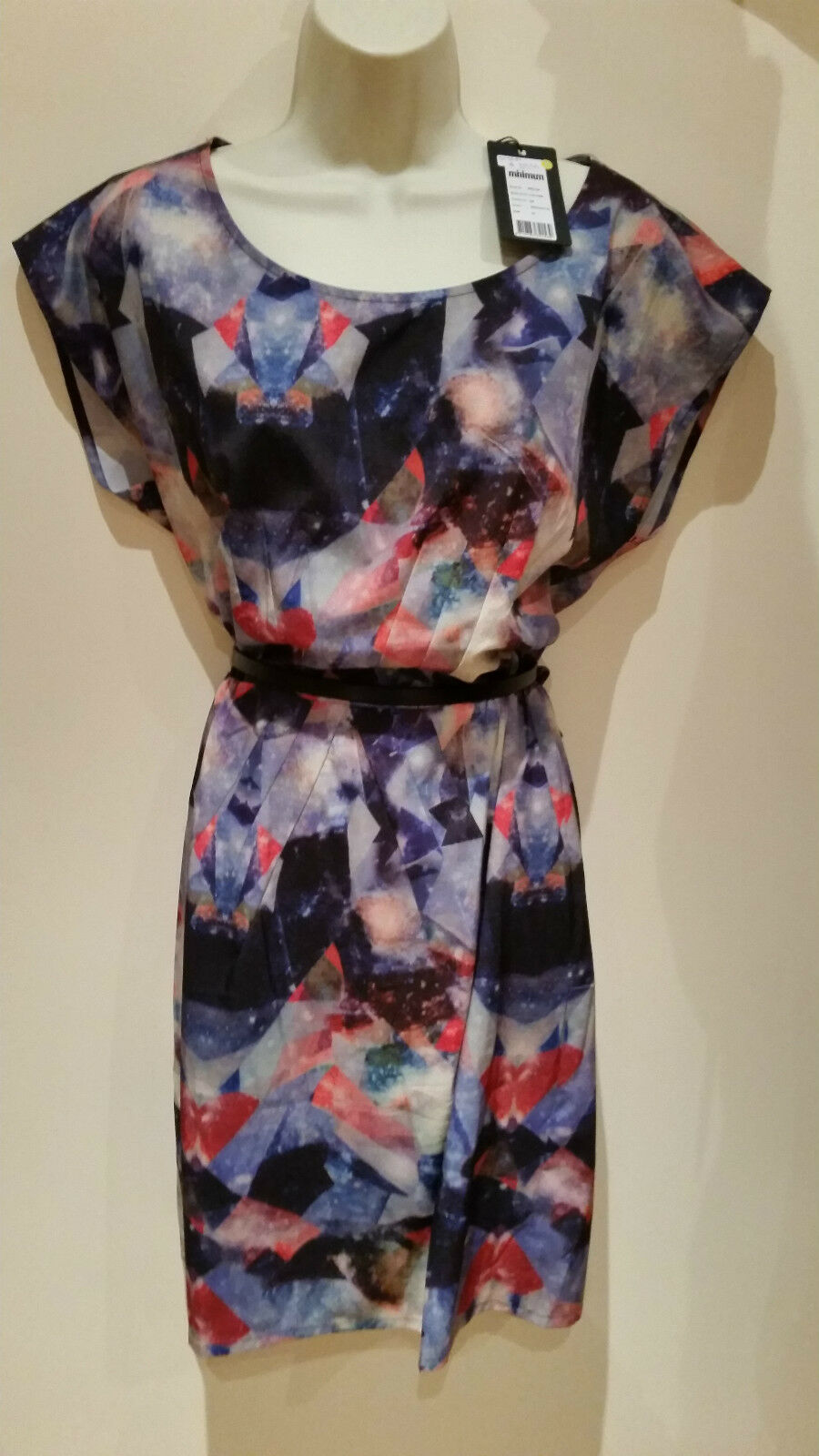 690d5379b0a ... BNWT Minimum Udia Udia Udia Galaxy Print Dress Size 38 Red bluee  Unusual Quirky Fun 477bae ...
