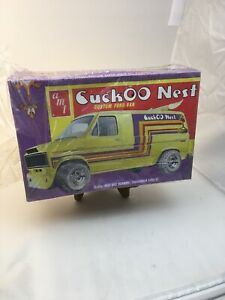 NOS-Vintage-70-039-s-Cuckoo-Nest-Ford-Van-Custom-NOS-AMT-1-25-Htf-Model-Kit-RARE