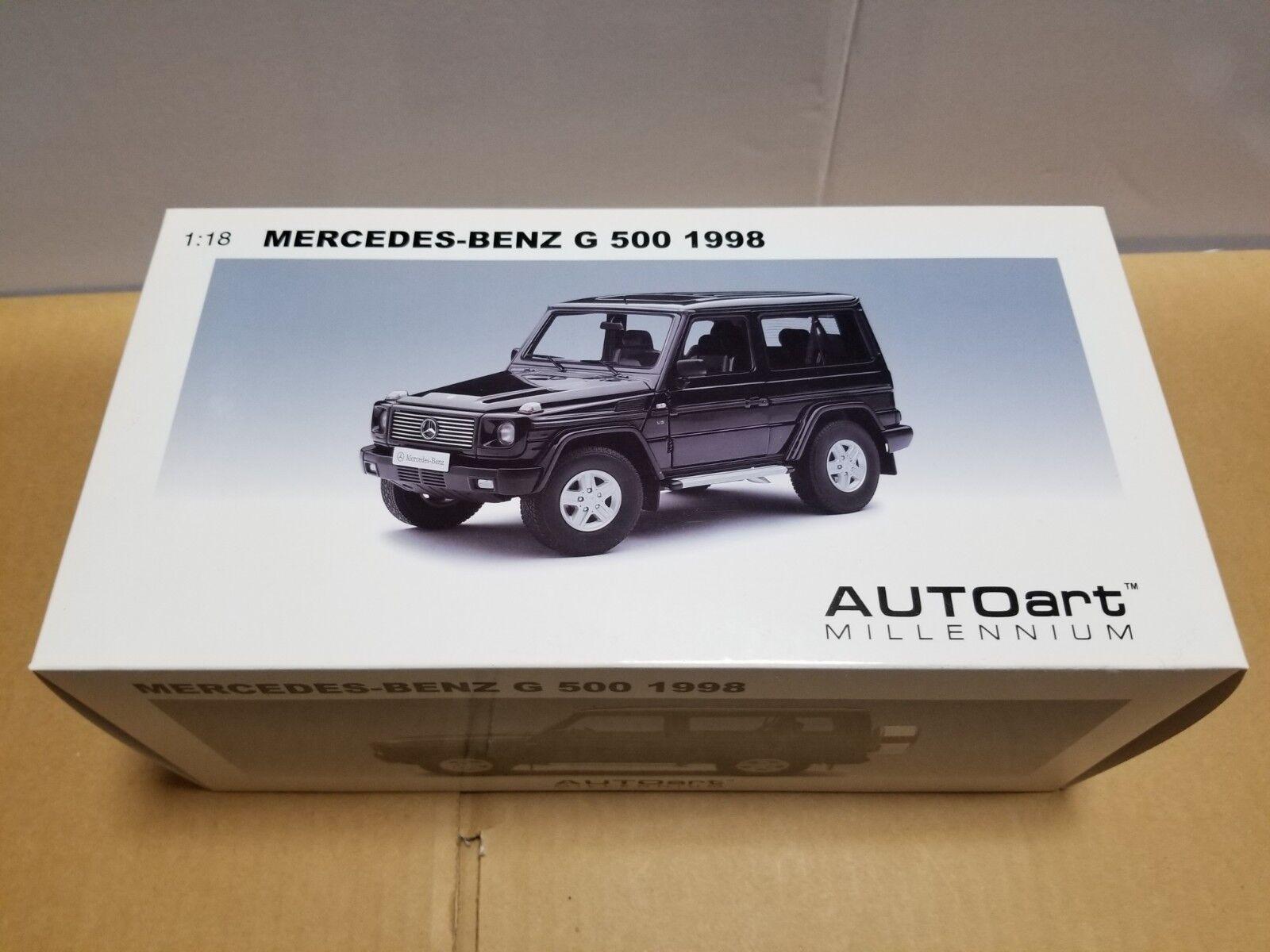 AUTOART MERCEDES BENZ  G 500  1998 76111 schwarz  1 18