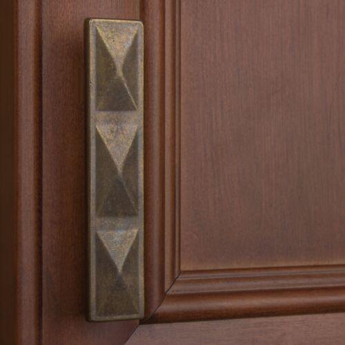 "GlideRite 2-1//2/"" CC Rectangle Pyramid Cabinet Pull Antique Brass 4083-AB-1"