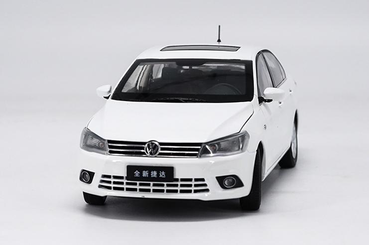 1/18 FAW-Volkswagen Jetta originales del fabricante , 2018 nuevo modelo de coche de aleación